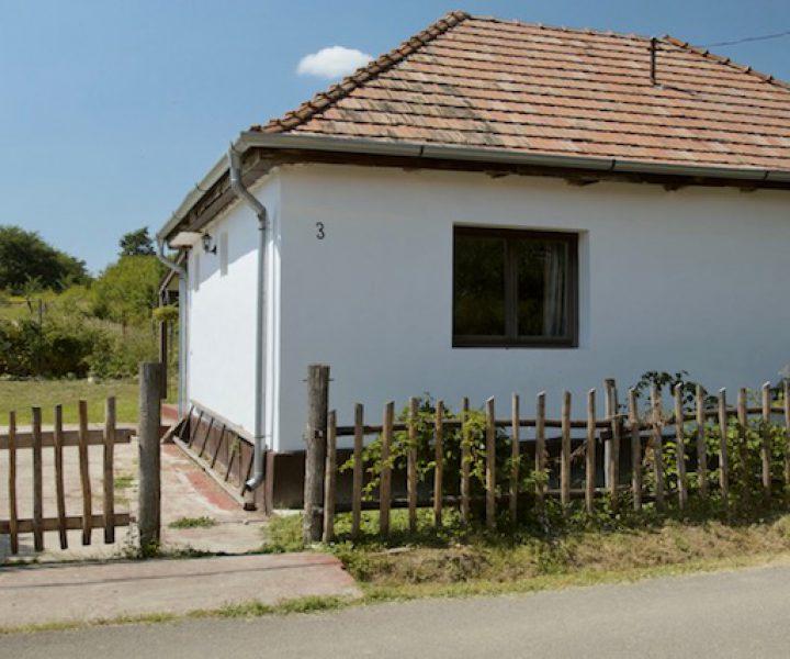 2. Rozsa Huis