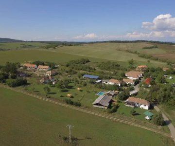 Bedepuszta, the village